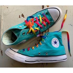 Converse :: light blue hi top Chuck Taylors